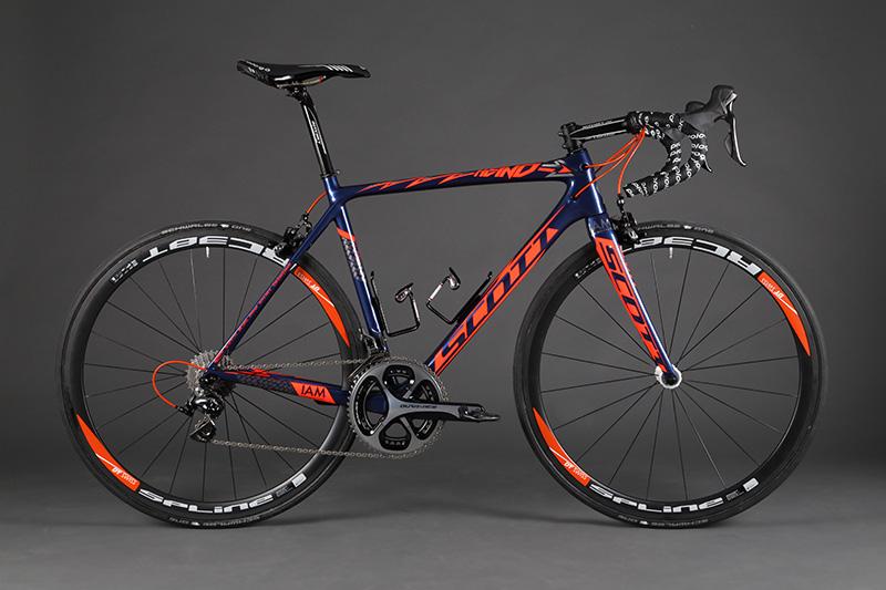 SCOTT-Addict_Heinrich-Haussler-Edition_IAM-Cycling_01.jpg
