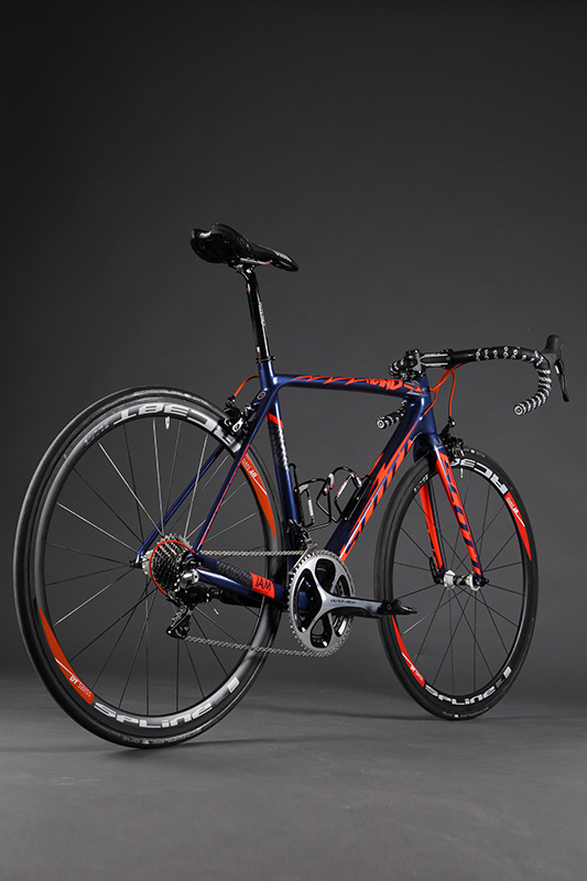 SCOTT-Addict_Heinrich-Haussler-Edition_IAM-Cycling_04.jpg