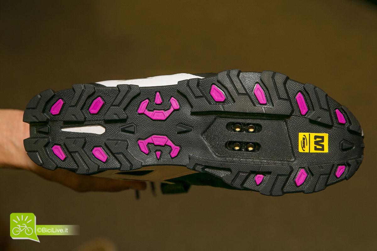 Mavic 2015 // Nuova scarpe Zoya donna all-mountain. Suola Contagrip.
