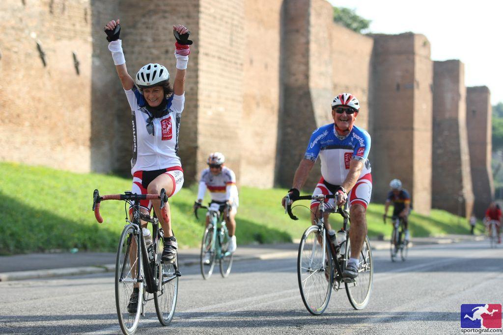 Tutti invitati a pedalare per una buona causa alla Granfondo Roma con la Rete del Dono.