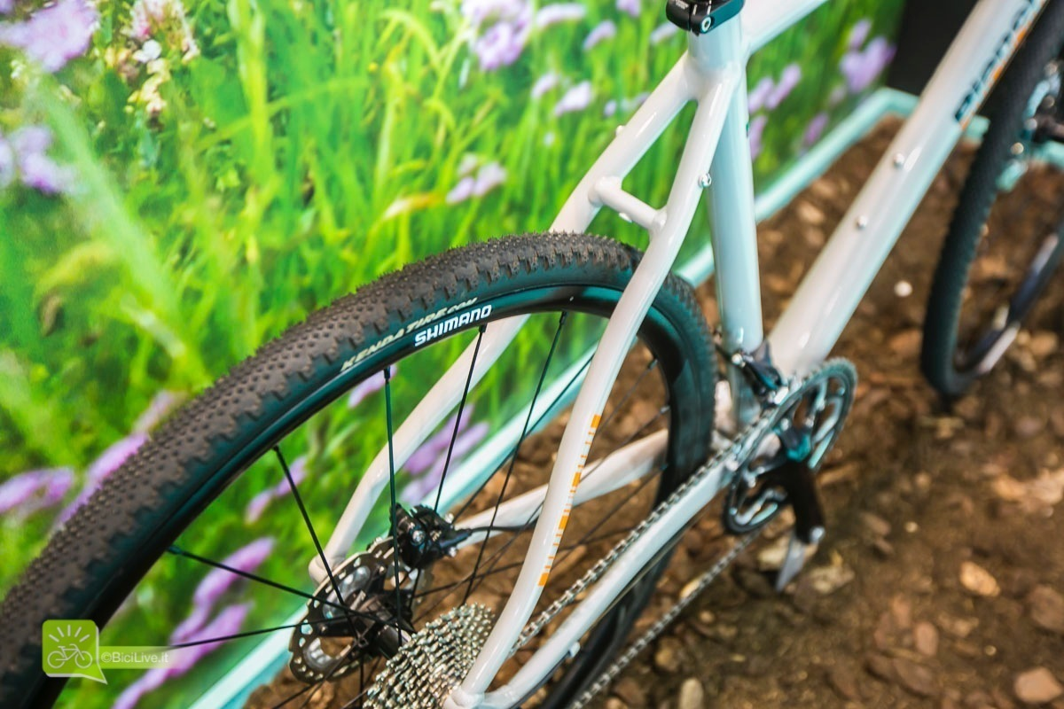 Eurobike_bianchi_all_road_gravel_broad_2016_3.jpg