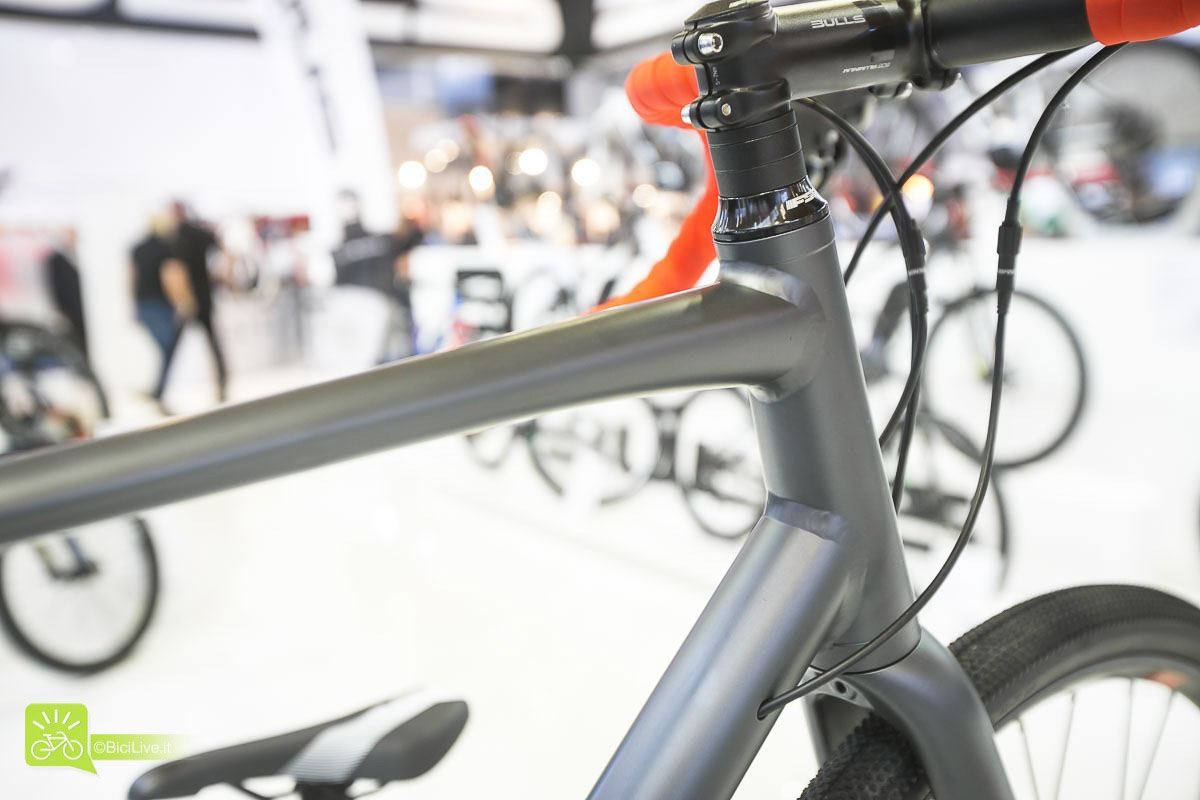Eurobike_bulls_grinder_2_gravel_all_road_broad_b_road_2016_2J.jpg