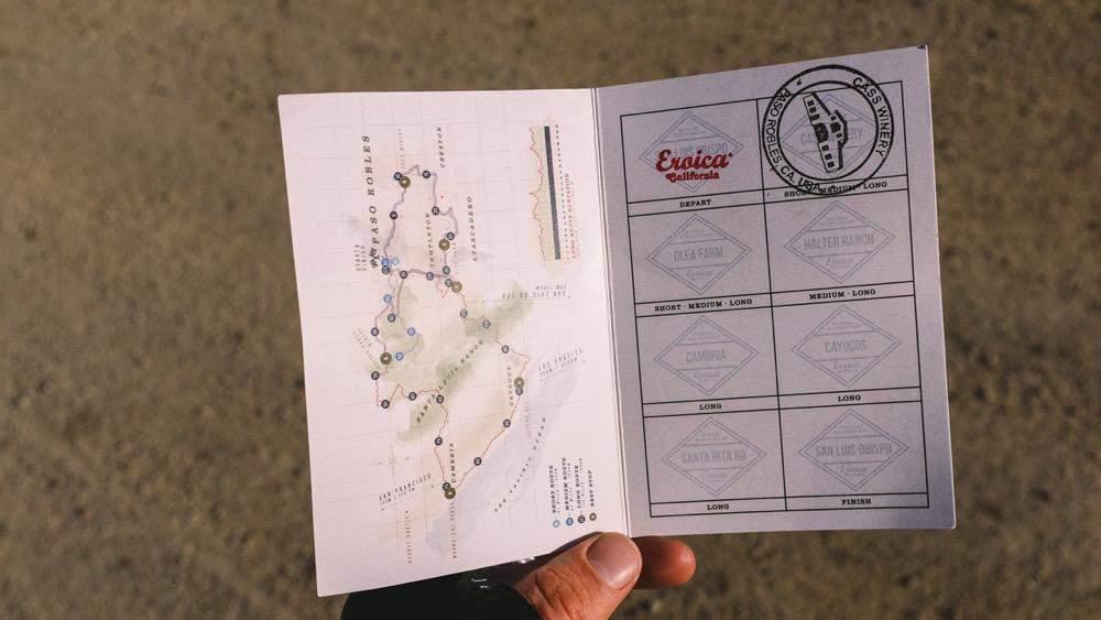 9.ciclismo-eroica-California-road-book.jpg
