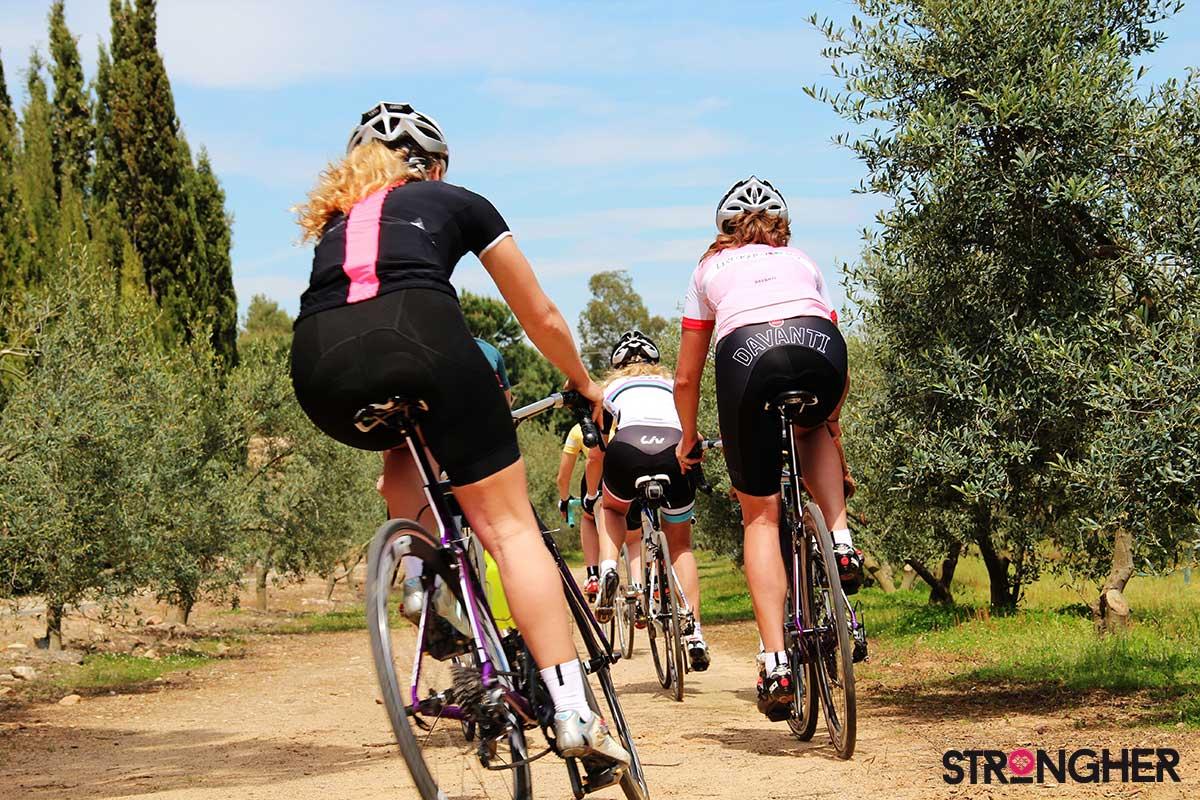 ragazze in bici