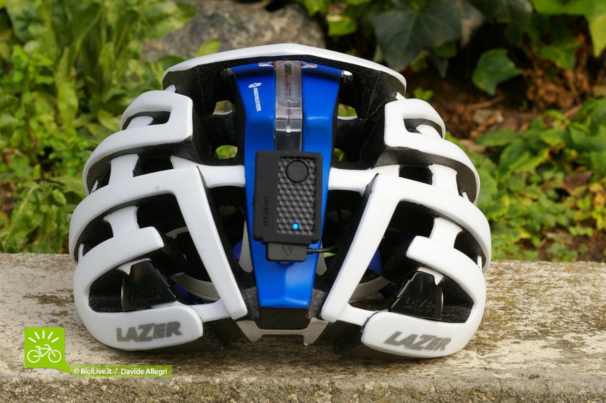 Deattaglio posteriore del casco Lazer-Santini z1 con dispositivo Lifebeam