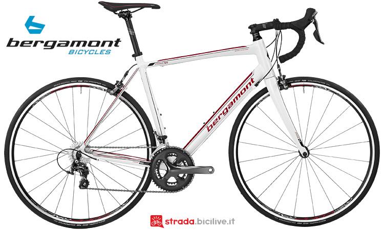 La bici da corsa Bergamont Prime 6.0 con telaio in lega