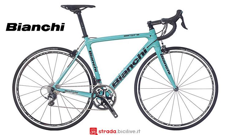 Bici da strad Bianchi Sempre con cambio Shimano