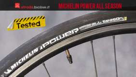 test gomme da bagnato michelin power all season