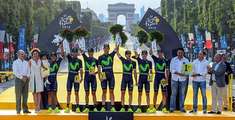team Movistar premiata come miglior squadra durante il Tour de France 2016.