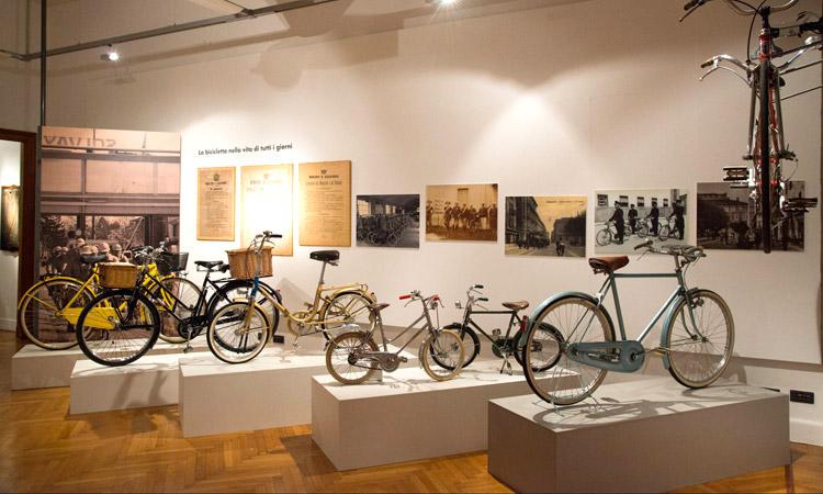 mostre del ciclismo a palazzo del monferrato ad alessandria