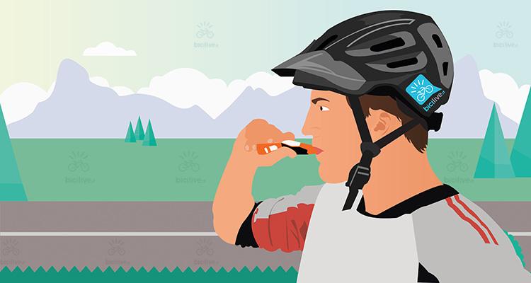 ciclista beve uno sport gel durante un allenamento