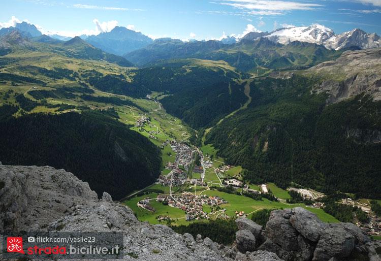 Panorama di corvara e del passo campolongo