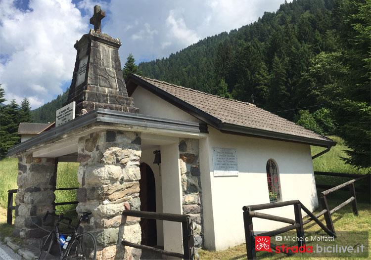 chiesa di val calamento verso il manghen