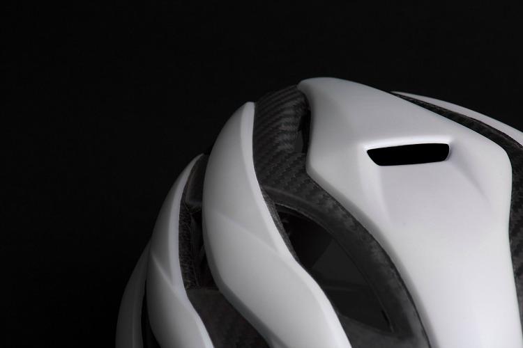 Apertura anteriore Trenta 3K Carbon