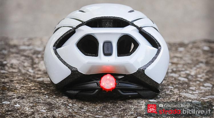 luce posteriore del casco met strale
