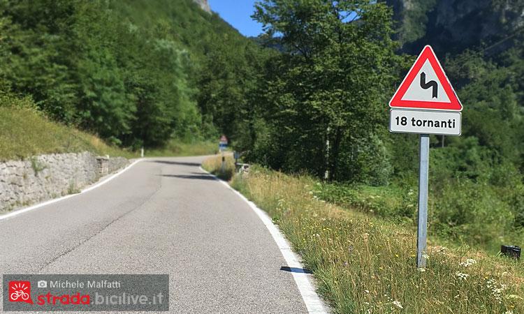 18 tornanti per salire in bici al passo san boldo