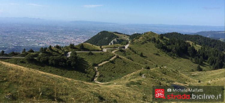 Panorama dal monte grappa salendo in bicicletta