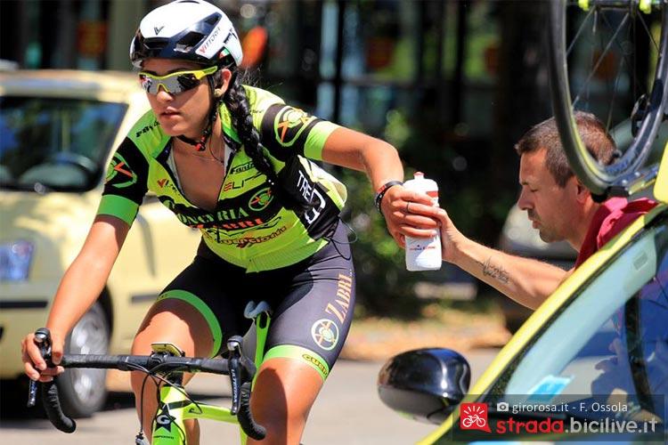 ciclista al giro d'italia femminile