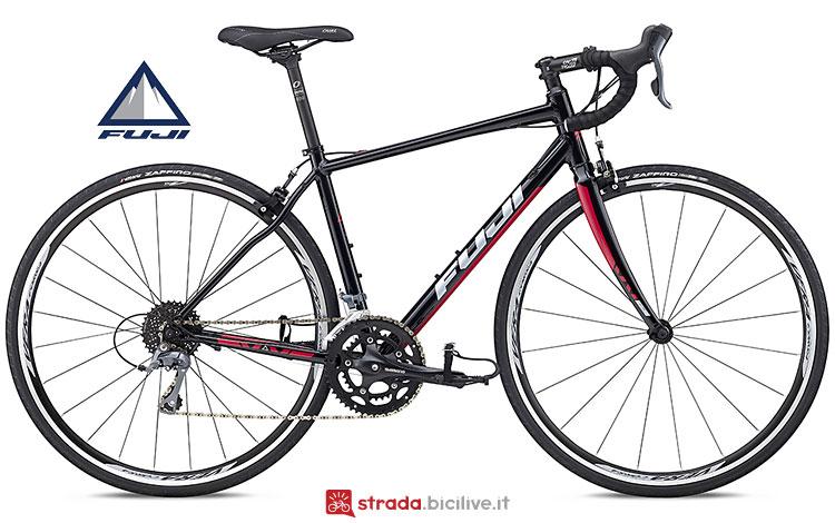 bici da donna economica Fuji Finest 2.3