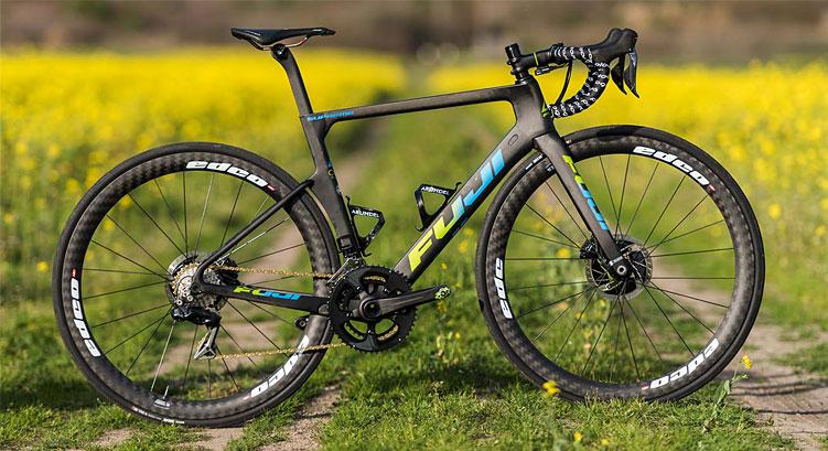 bici da corsa d'alta gamma Fuji Supreme