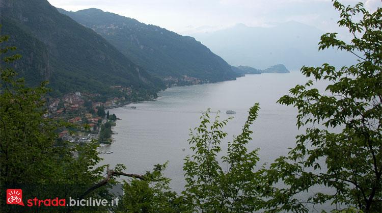 panorama del Lago di Como durante un giro in bicicletta