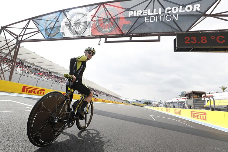 foto di Simon Yates del team Mitchelton-Scott