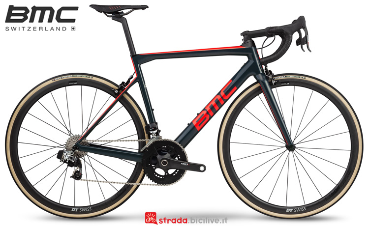 Una bicicletta da strada BMC Teammachine SLR01 Two dal catalogo 2019