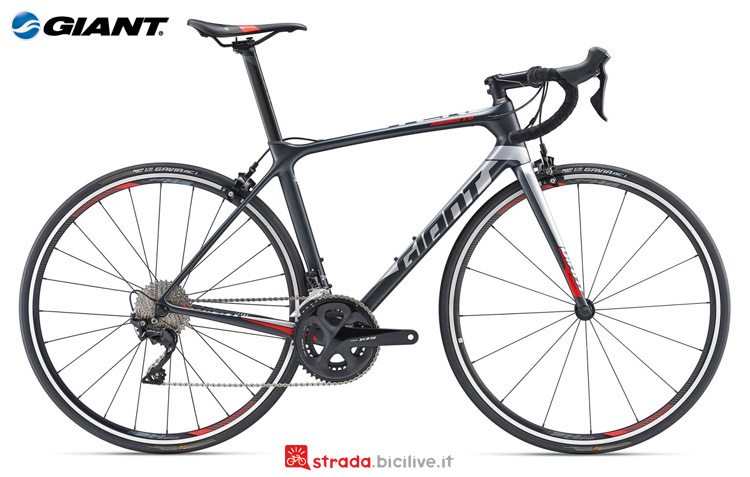 Una bici da scalatori Giant TCR Advanced 2 King of Mountain