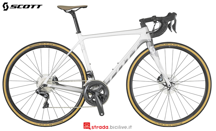 Una bici da corsa da donna Scott Contessa Addict RC Disc 2019