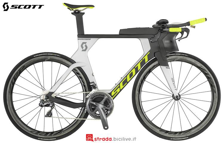 Una bici da crono e triathlon Scott Plasma RC 2019