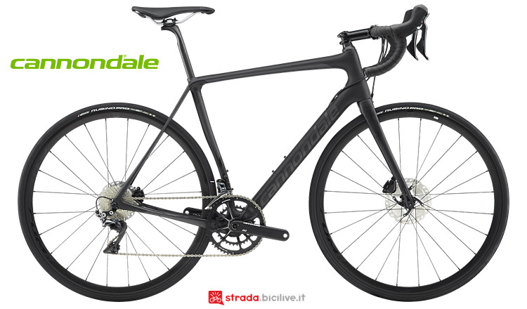 Cannondale Synapse Carbon Disc con microsospensioni