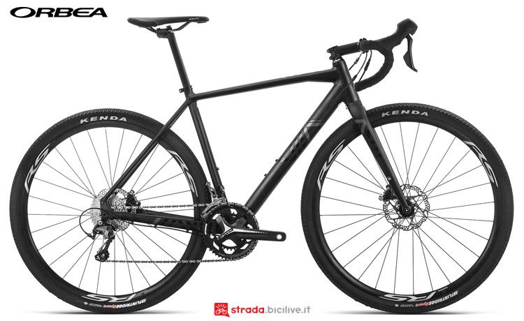 Una bici Terra H40 della gamma 2019 Orbea