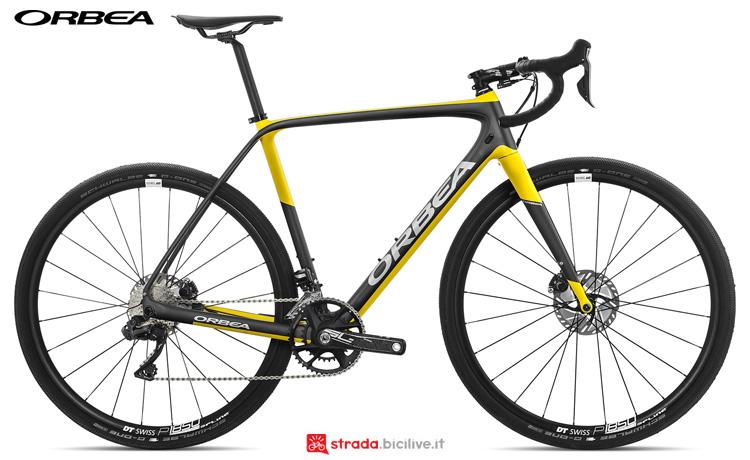 Una bici anche per fondi sterrati Orbea Terra M20