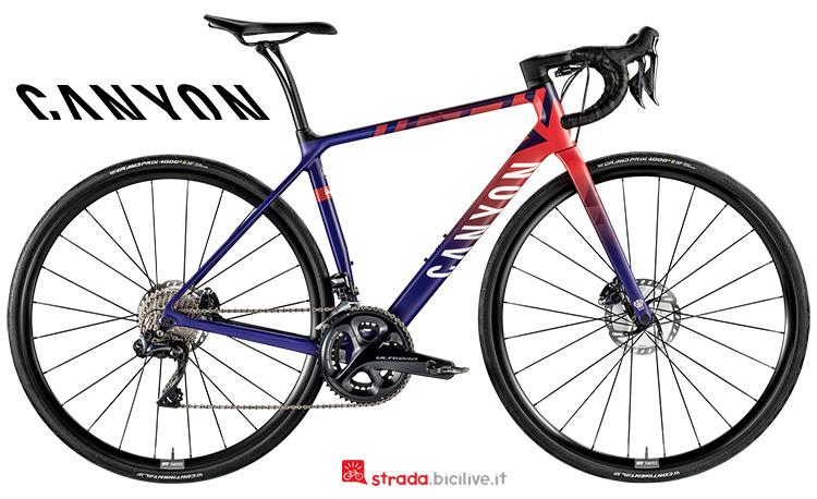 Una bicicletta da donna Canyon Endurace WMN CF SL Disc 8.0 LTD anno 2019