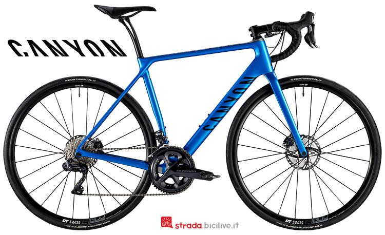 Una bici da corsa Canyon Endurace CF SL Disc 8.0 Di2  dal listino 2019