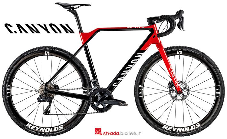 Una bicicletta da ciclocross Canyon Inflite CF SL 8.0 Team dalla gamma 2019