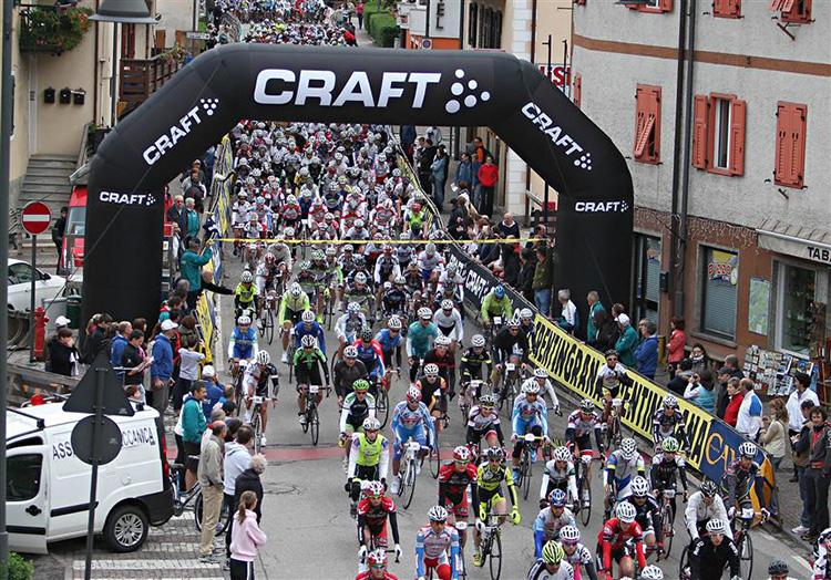 Partenza della Granfondo Marcialonga Cycling