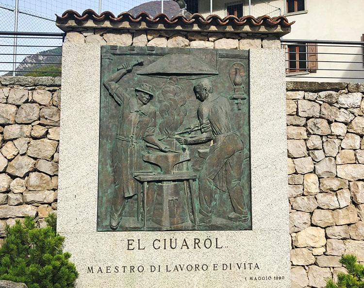 monumento ciurol ciclabile della Valle di Ledro