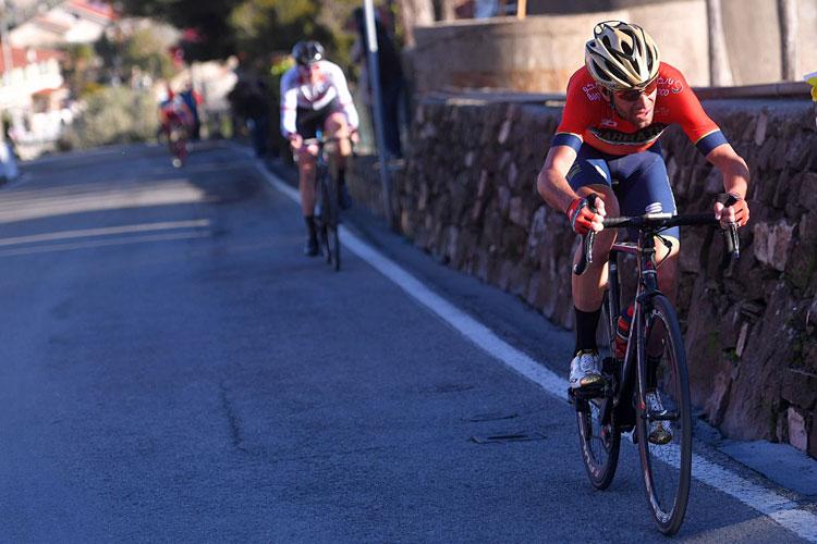 Vincenzo Nibali sulla salita del Poggio a Sanremo