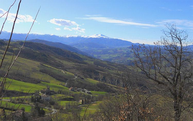 scatto monte cimone dalle colline modenesi