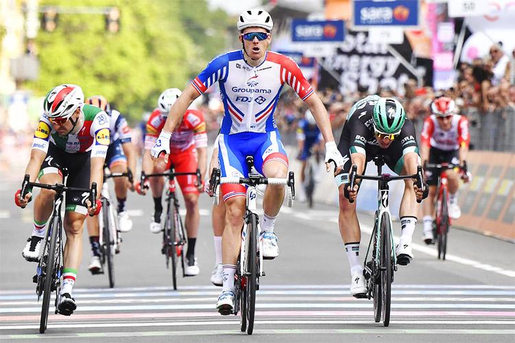 Arnaud Demare decima tappa giro d'italia 2019