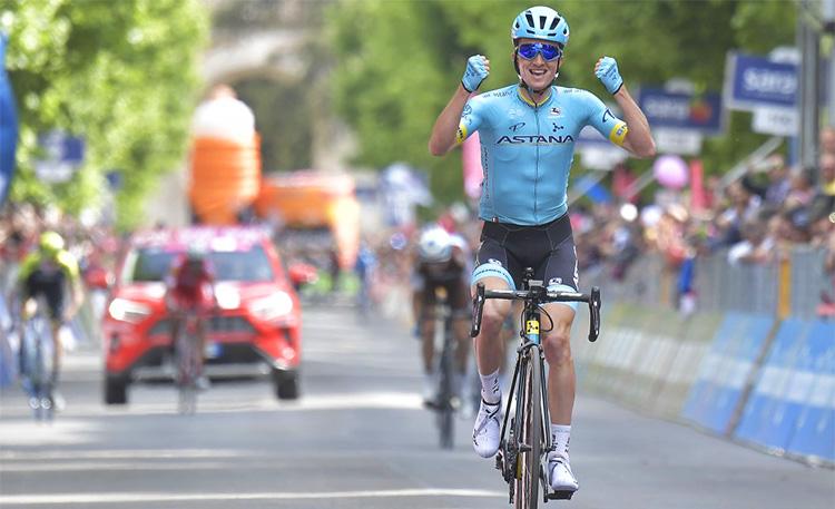Pello Bilbao vincitore settimana tappa giro d'italia 2019