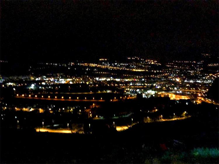 vista Trento di notte dal Bondone durante randonnee valsugana 2019