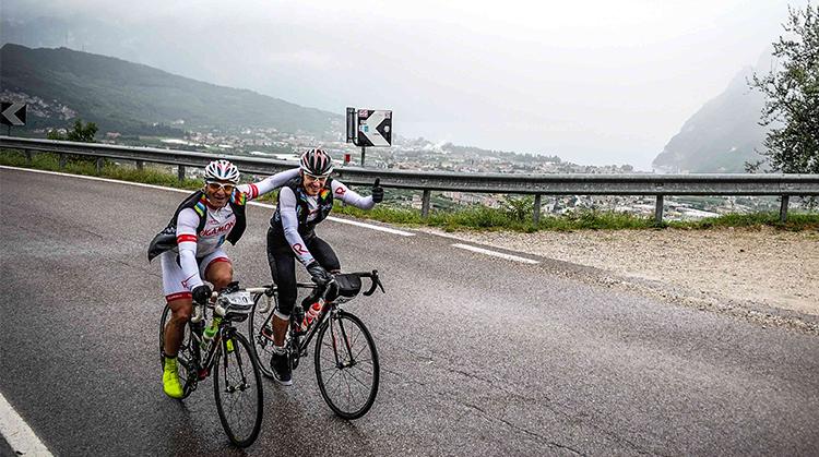 ciclisti durante la Granfondo Top Dolomites 2019