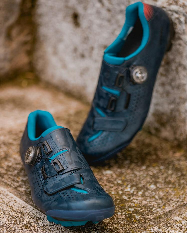 nuove scarpe superleggere shimano rx8