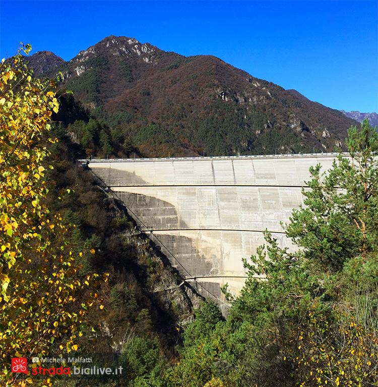 costruzione della diga di Ponte Cola