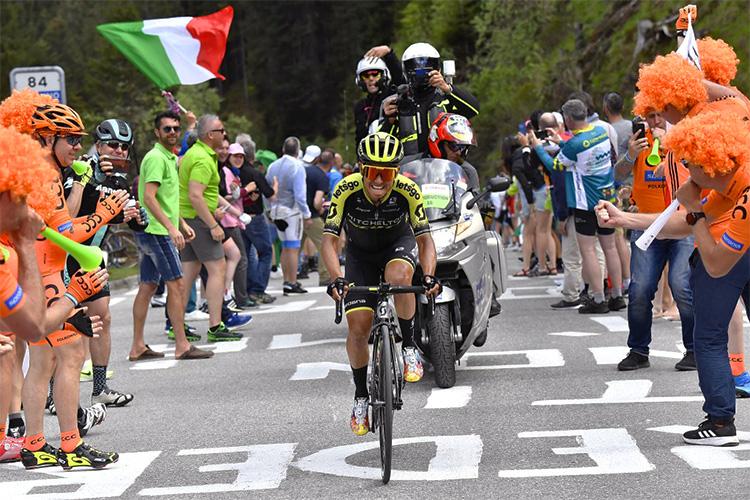 Esteban Chaves vincitore della tappa 19 del giro d'Italia 2019