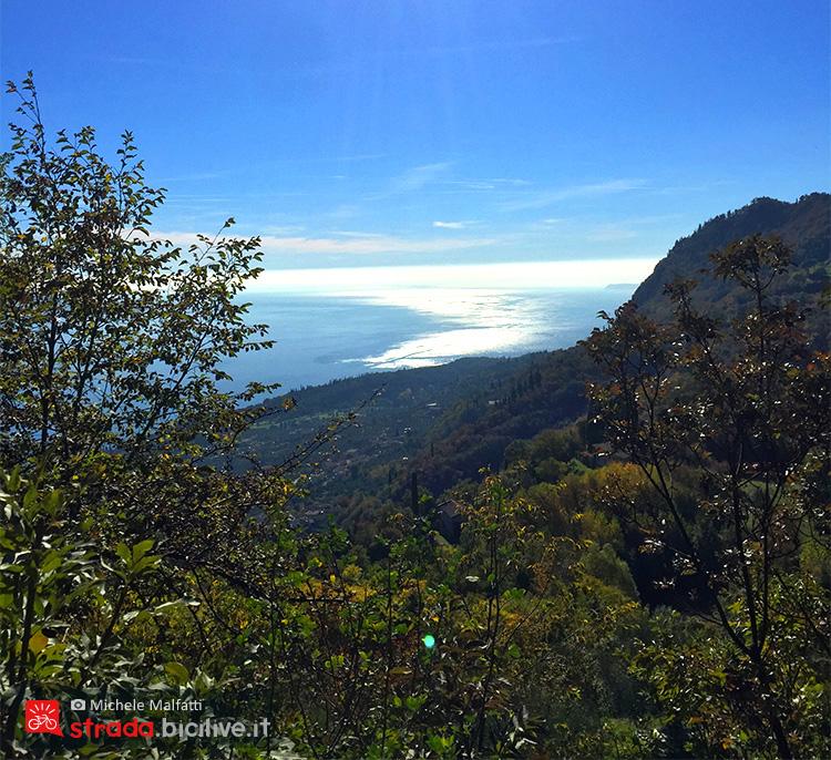 lago di Garda visto da una diversa prospettiva sulla SS45bis