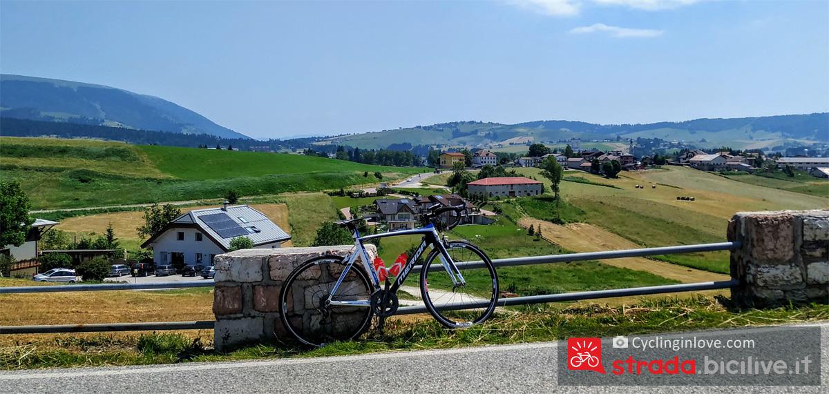 Panorama sulle colline che circondano Asiago