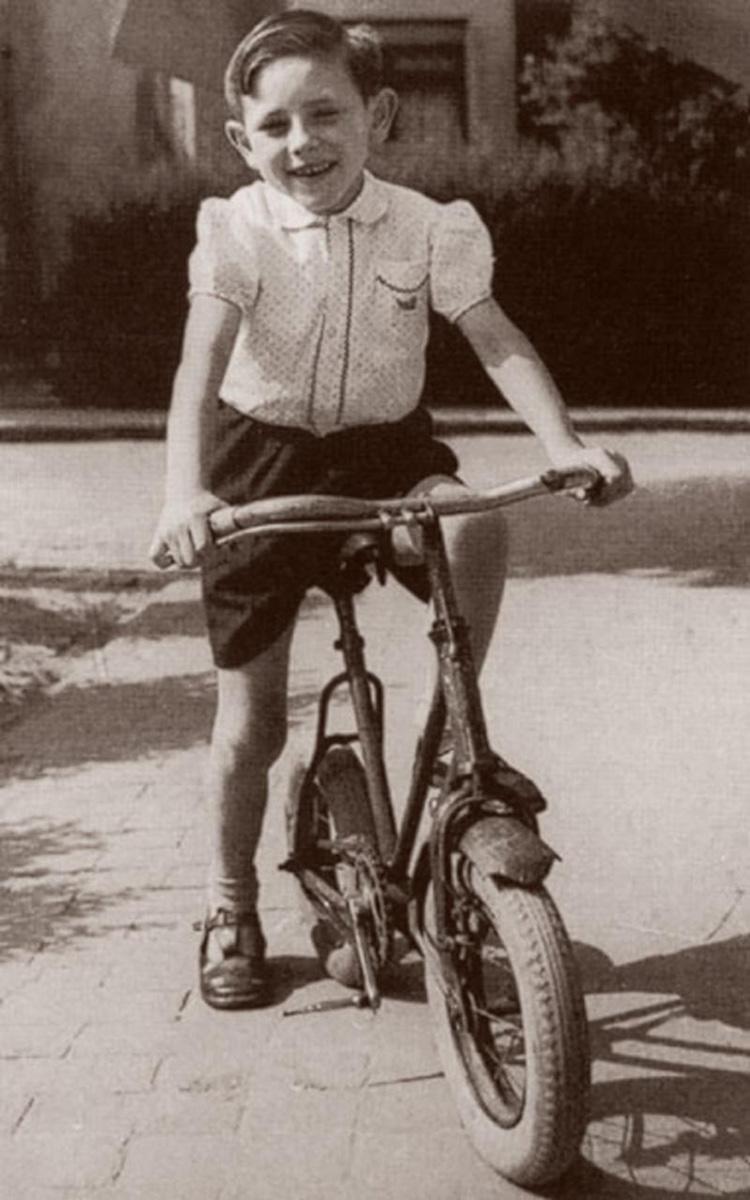 Il più grande ciclista da bambino Eddy Merckx